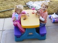 Tea_party_two_1107